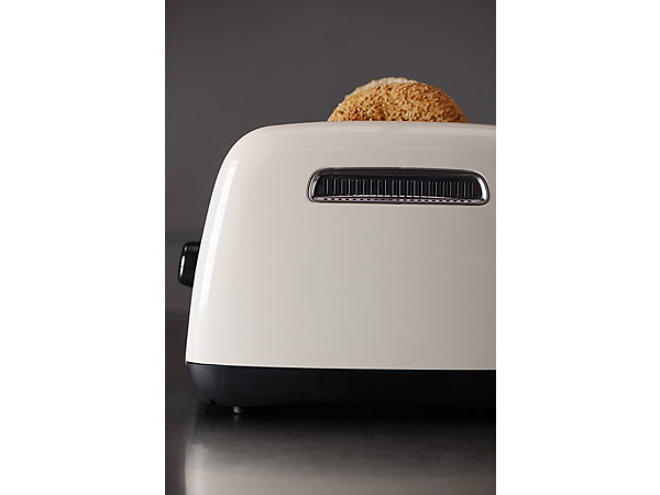 kitchenaid toaster 5kmt221eac f r 2 scheiben 1100 watt cr me ekinova. Black Bedroom Furniture Sets. Home Design Ideas